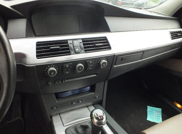 отзывы о БМВ e60 2009 года