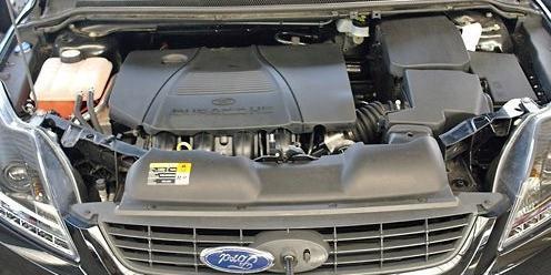 Ford Focus 2008-2010 г в - фотографии двигателя 2.0